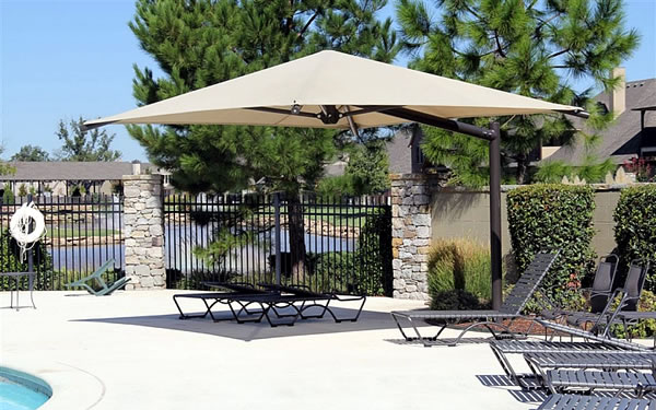 Cantilever Umbrella with Square Canopy & Umbrella Cantilever Shades for Outdoor Play Areas